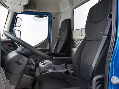 DAF-Introduces-New-LF-Interior-New-DAF-LF-06